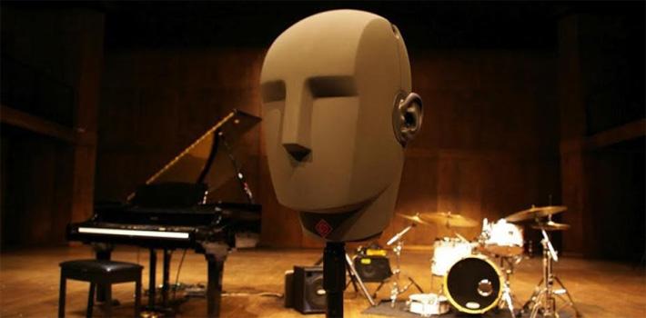 Primer prototipo de micrófono que creó, que se llama Ringo
